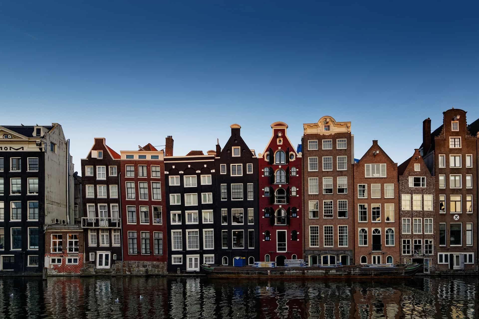 Steeds meer zonnepanelen in Amsterdam